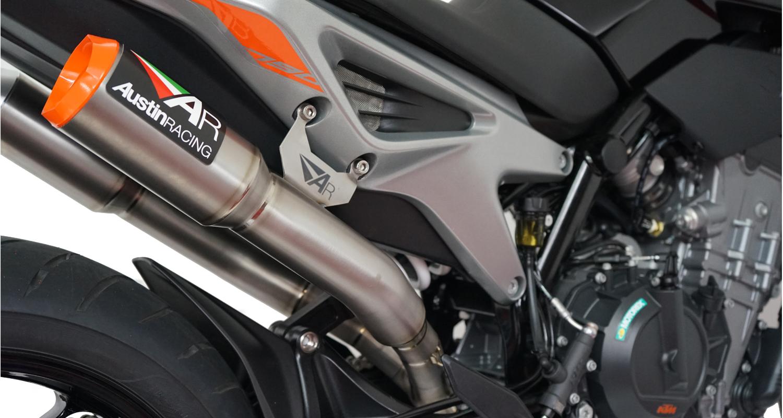 Austin Racing (オースティンレーシング)KTM DUKE 790 RS22 デュアルエキゾーストシステム   KTM DUKE 790  RS22 UNDERSEAT DE-CAT EXHAUST SYSTEMS